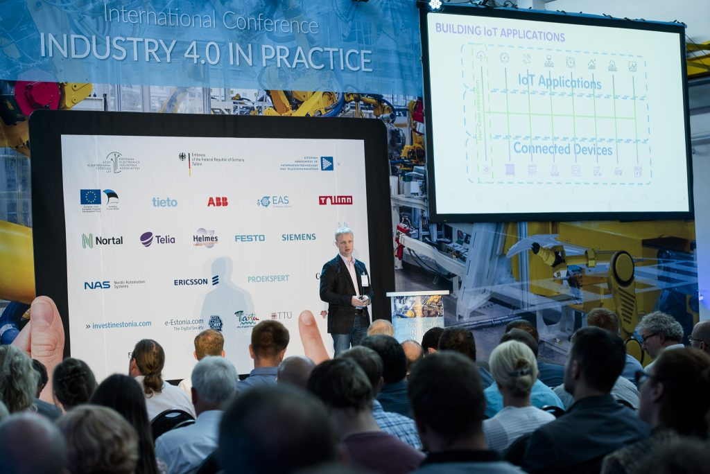 Industry 4.0 (web) (228)